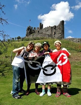 Black Country comedy group The Fizzogs off to conquer Edinburgh