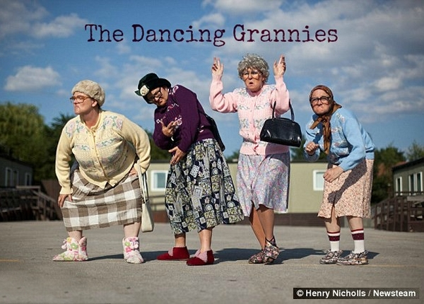 The Fizzogs Dancing Grannies