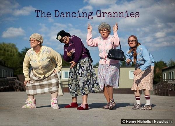 The Fizzogs Dancing Grannies